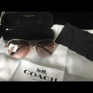 Coach flower subglasses